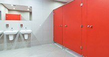 czerwone kabiny sanitarne prestige hpl